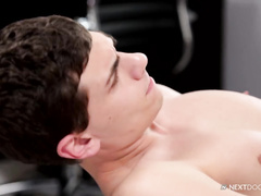 Dude loves fucking hot ass in the doggy pose