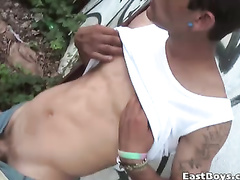 Twink wanks his dick and gets nipples stroked