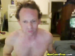 Mature twink is watching watching gay porn and jerking off