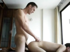 Skinny muscled twink fingers gay boyfriend's asshole before fucking it hard